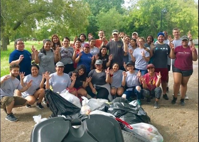 Willow Creek watershed volunteer group from previous river cleanup